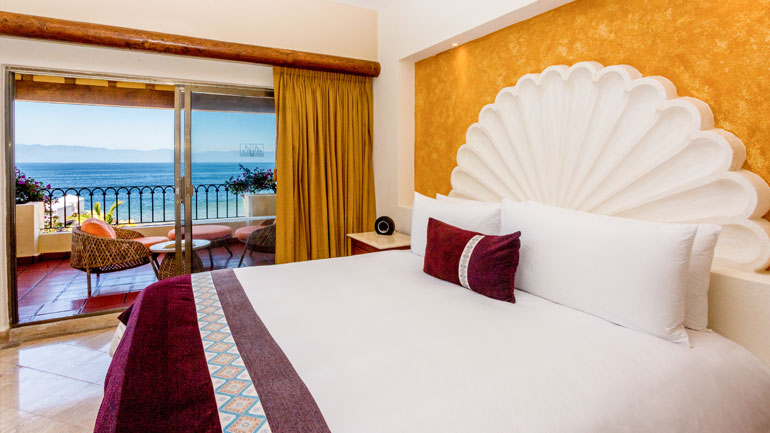 Velas Vallarta Hotel, Puerto Vallarta Ocean Front Suite